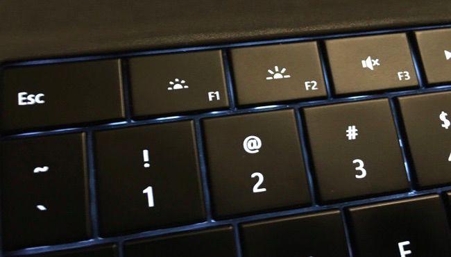 Het Aanpassen van Uw PC \' s de Helderheid van het Scherm Handmatig ...